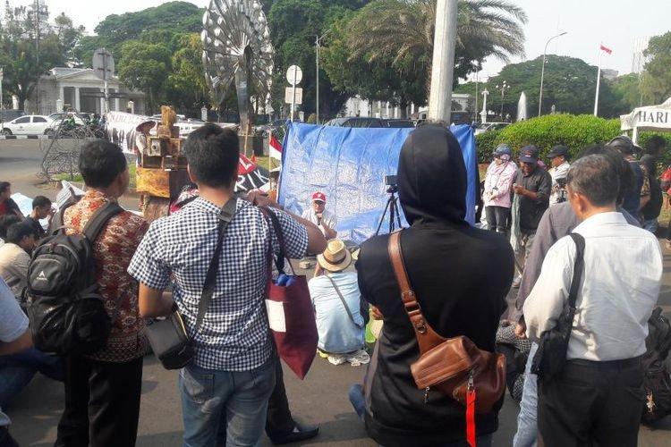 Petani Kendeng menuntut pemerintah mengambil tindakan